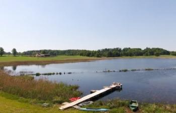 pomost-w-jezioro